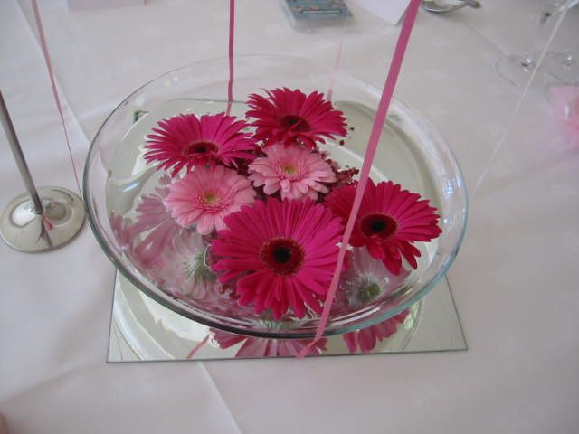 Floating flowers centrepiece