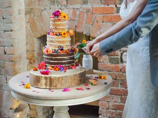 8 Delicious Wedding Cake Designs