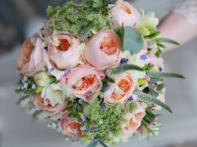 Your Essential Guide to Wedding Bouquets