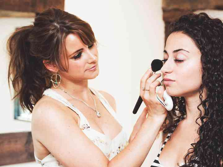 Your Essential Guide to Wedding Makeup