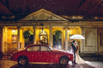 5 Things to Consider When Choosing Your Wedding Transportation