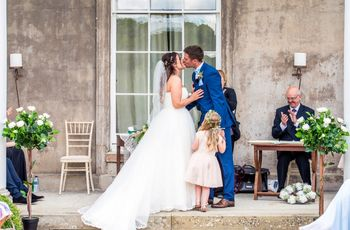 Write The Best Wedding Vows for Him in 5 Steps
