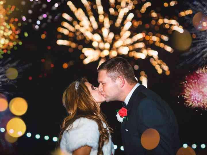 17 Steal-Worthy New Year's Eve Wedding Ideas
