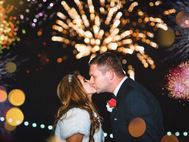 17 Steal-Worthy New Year's Eve Wedding Ideas