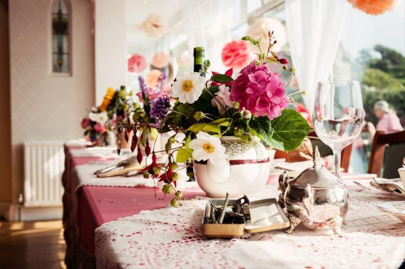 30 Stunning Wedding Table Flowers