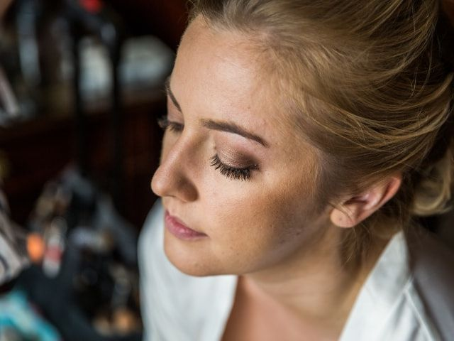 How to Choose the Wedding Makeup Style for You