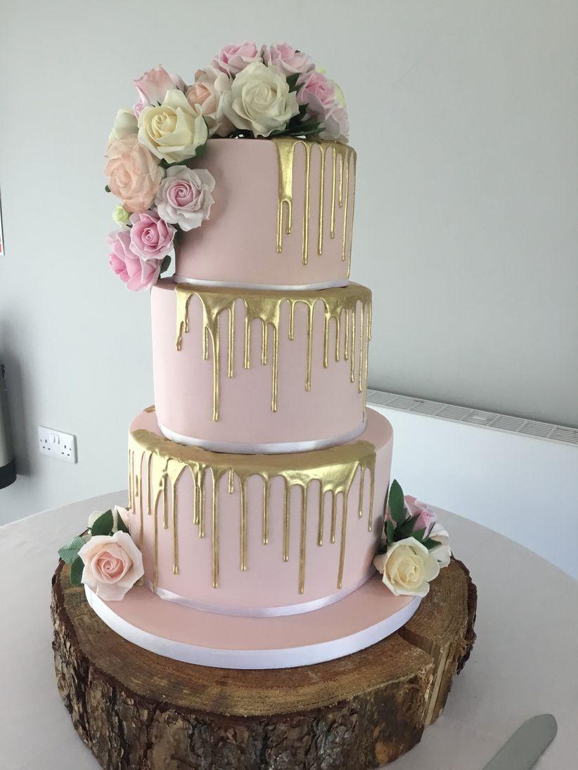 Wedding Cake Ideas.11 Steal Worthy Metallic Gold Wedding Cake Ideas
