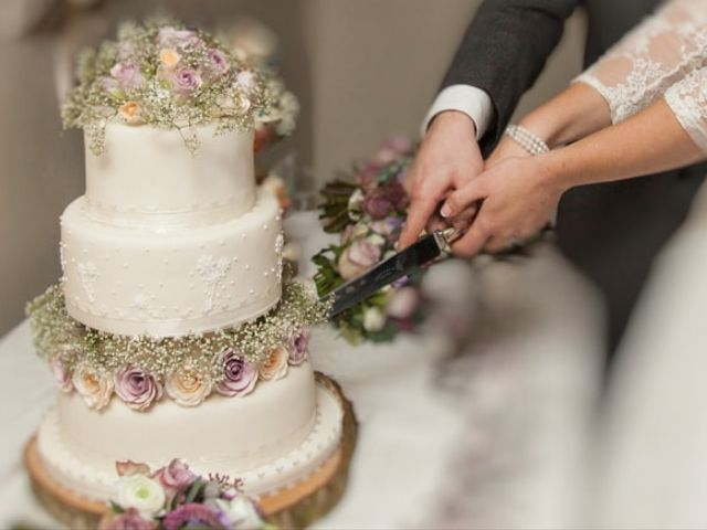 7 Ideas for Your Vintage Wedding Cake