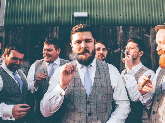 10 Original Wedding Favours for Men