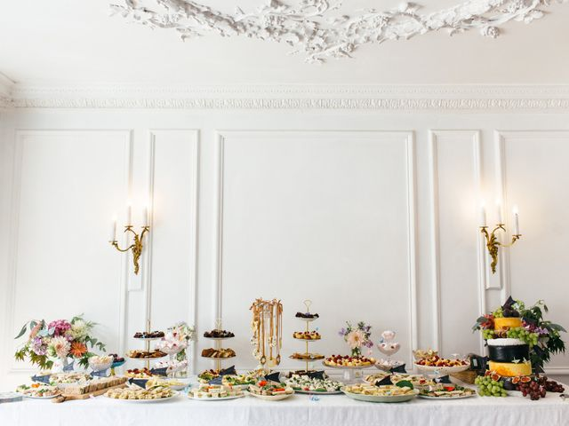 How to Sort Out Your Wedding Catering