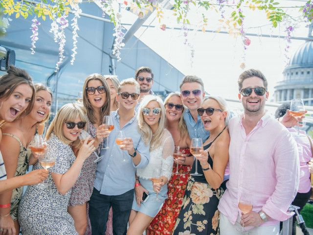 How to Put Together an Epic Engagement Party