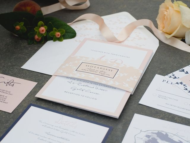 Your Ultimate Guide to Wedding Invitation Inserts
