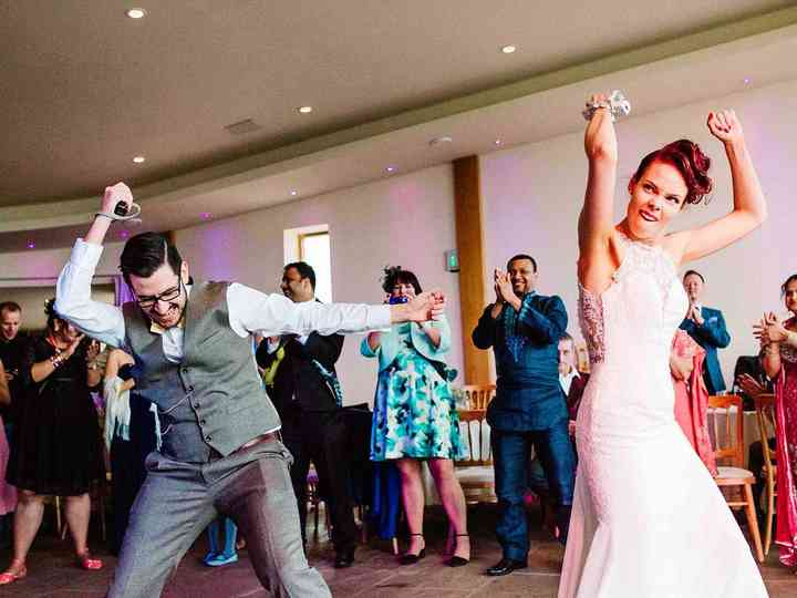 25 Wedding-Worthy Upbeat First Dance Songs