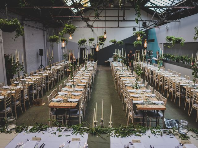 6 Money Saving Tips for Your Wedding Venue