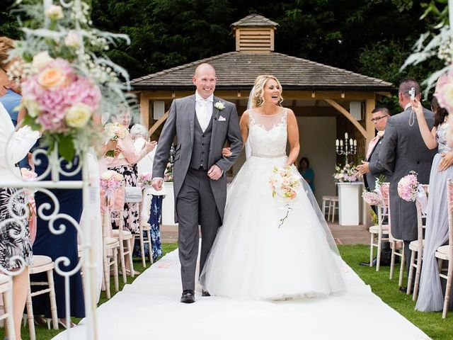 How a civil ceremony can be the perfect alternative to a religious ceremony