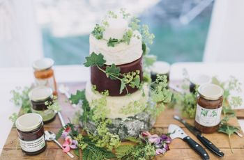 20 Irresistible Cheese Wedding Cake Ideas