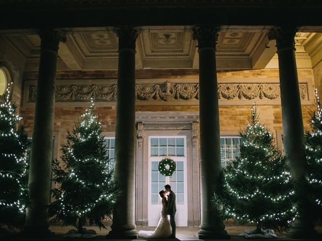 40 Magical Christmas Wedding Ideas