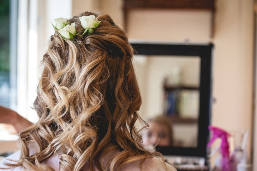 50 Dreamy Wedding Hairstyles For Long Hair: 30 Dreamy Curly Wedding Hairstyles