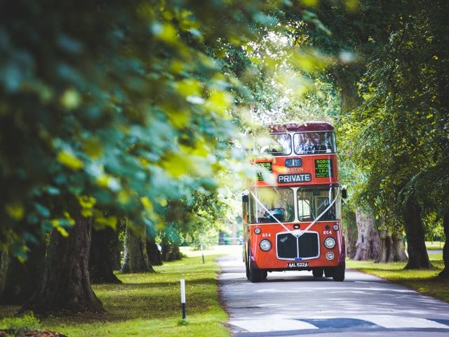 5 reasons you should hire a bus for your wedding