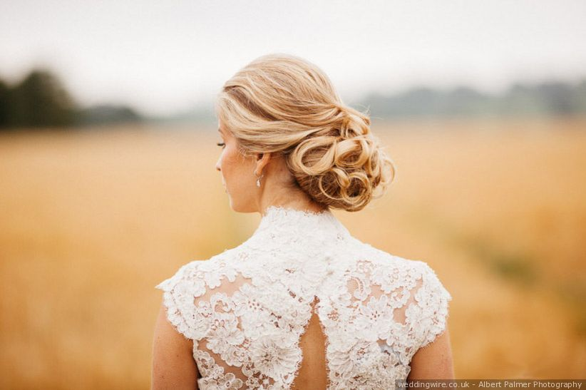 Your Essential Guide to Wedding Hair