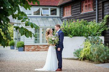 8 Drop Dead Gorgeous Barn Wedding Venues in Surrey
