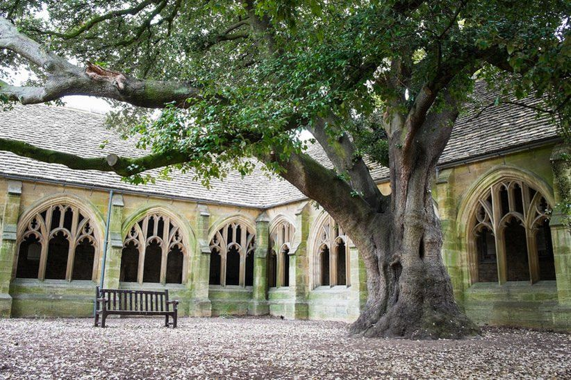 New College, Oxford / Shutterstock photo