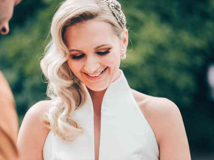 Tips For Wearing Your Hair Down at Your Wedding