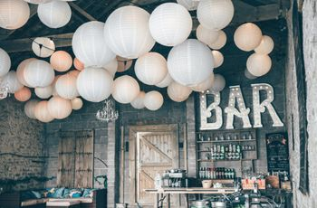 10 Stylish and Cheap Wedding Decorations