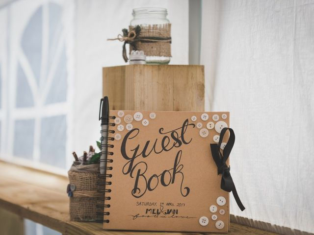 How to Make the Wedding Guest Book of Your Dreams