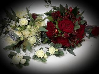 Aurellas Flowers 4