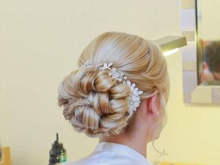 Claire Guy Bridal Hair and Makeup 1