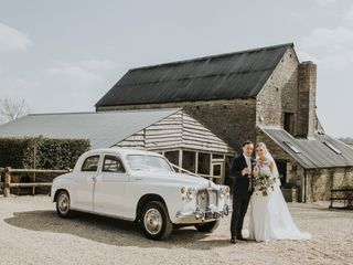 Cotswold Classic Wedding Cars 1
