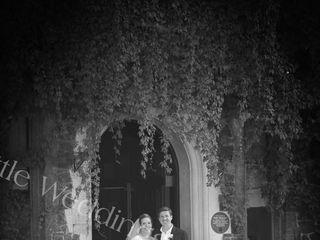 The Little Weddings Photographer 1