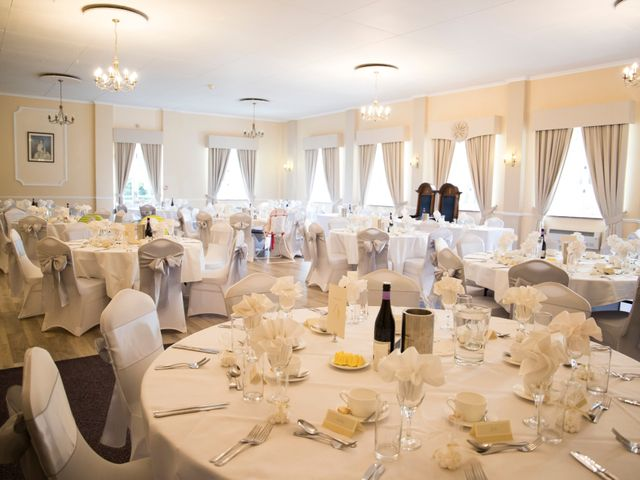 Jean-Pascal and Leanne's wedding in Letchworth Garden City, Hertfordshire 5
