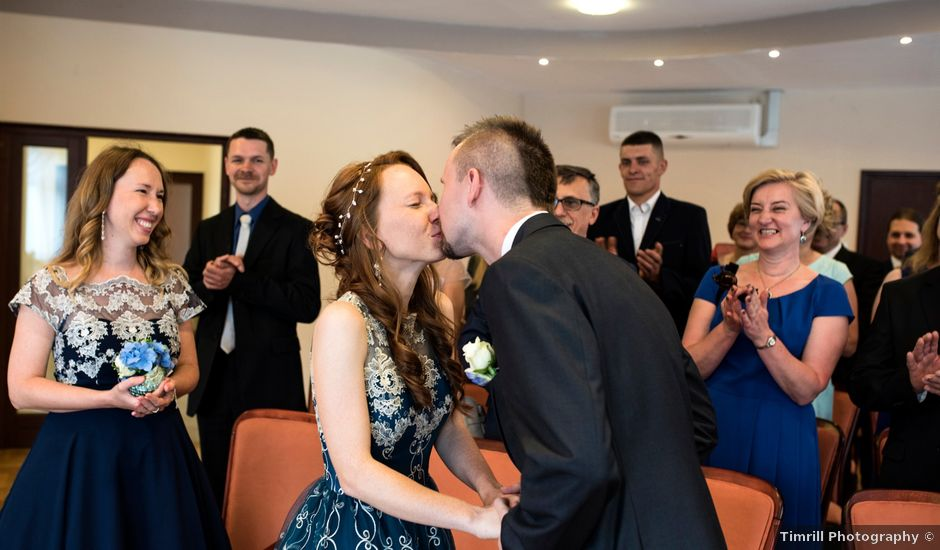 Robert and Patrycja's wedding in Leicester, Leicestershire