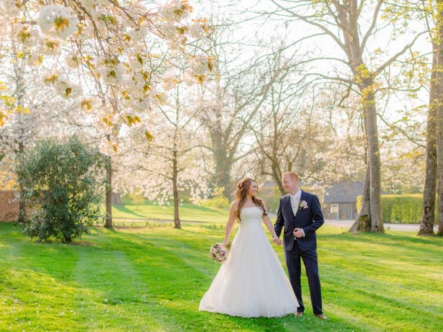 Rob and Hannah's wedding in Aldermaston, Berkshire 10