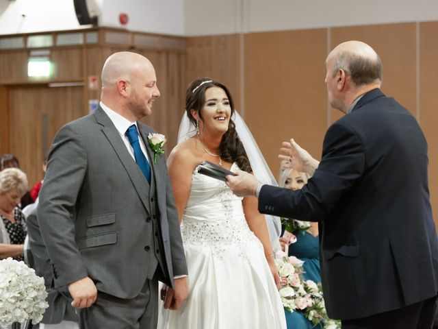 Jim and Laura's wedding in Belfast, Castlereagh 9