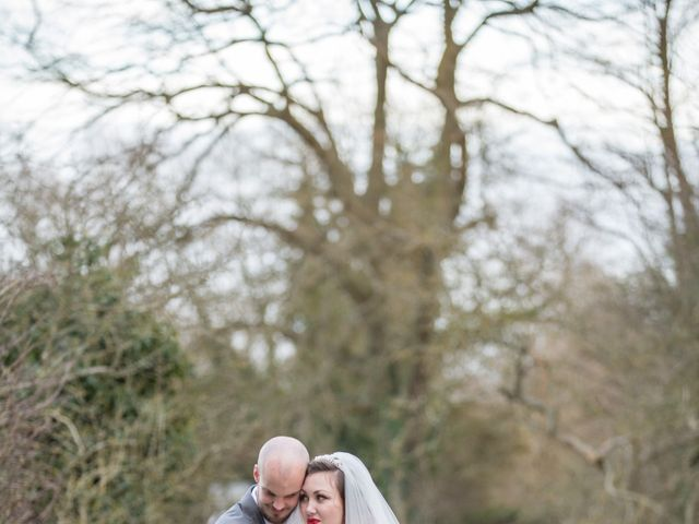 Melanie and Liam's wedding in Aldermaston, Berkshire 10