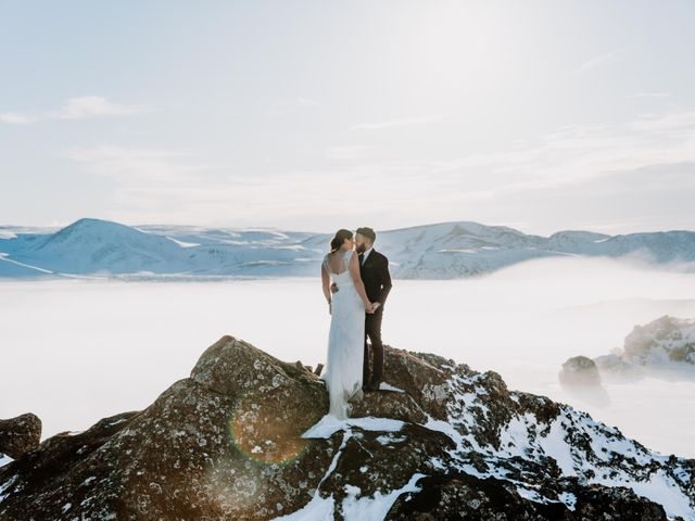 Carly & Dale (Iceland)'s wedding