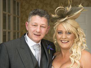 Paul and Lynda's wedding in Kilbirnie, North Ayrshire 3