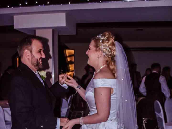 Adelle & Mark Barrett's wedding