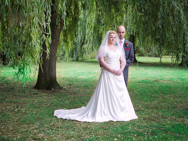 Craig and Vicki's wedding in Reading, Berkshire 2