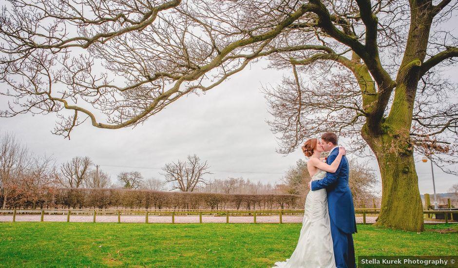 Holly & Lee's Real Wedding By Oak Farm Hotel