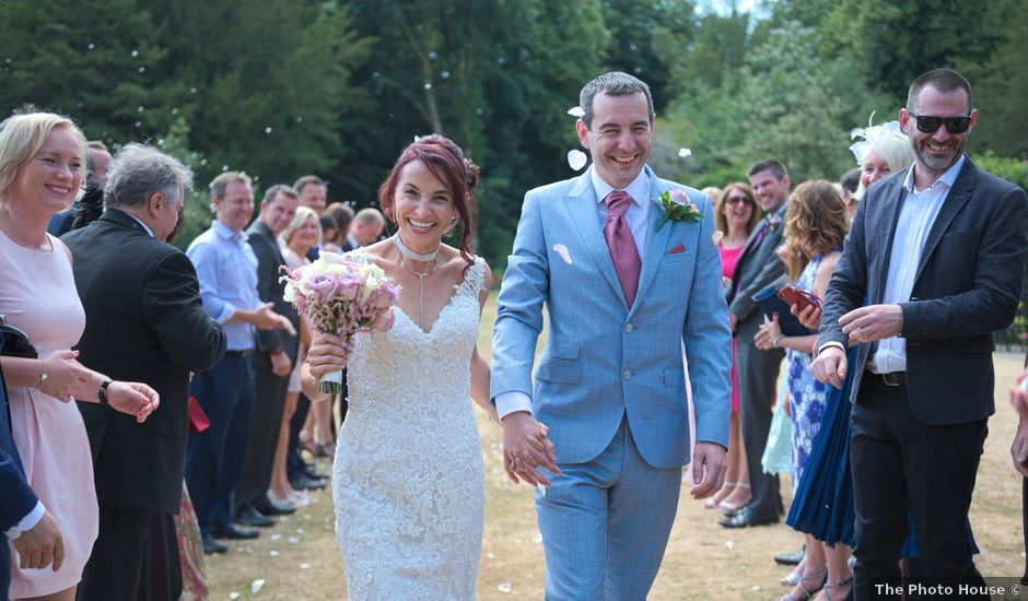 Rob and Edyta's wedding in Great Missenden, Buckinghamshire