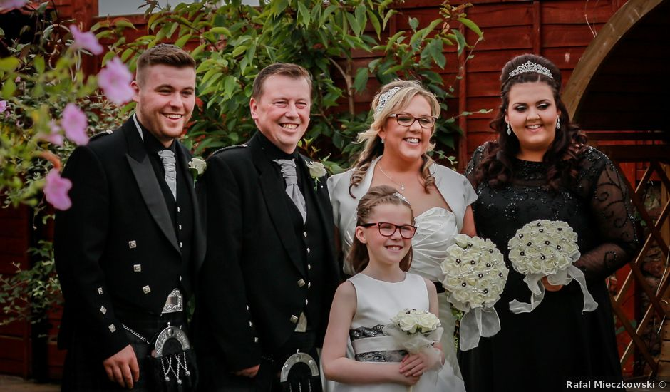 Colin and Kerry's wedding in Peterhead, Aberdeenshire