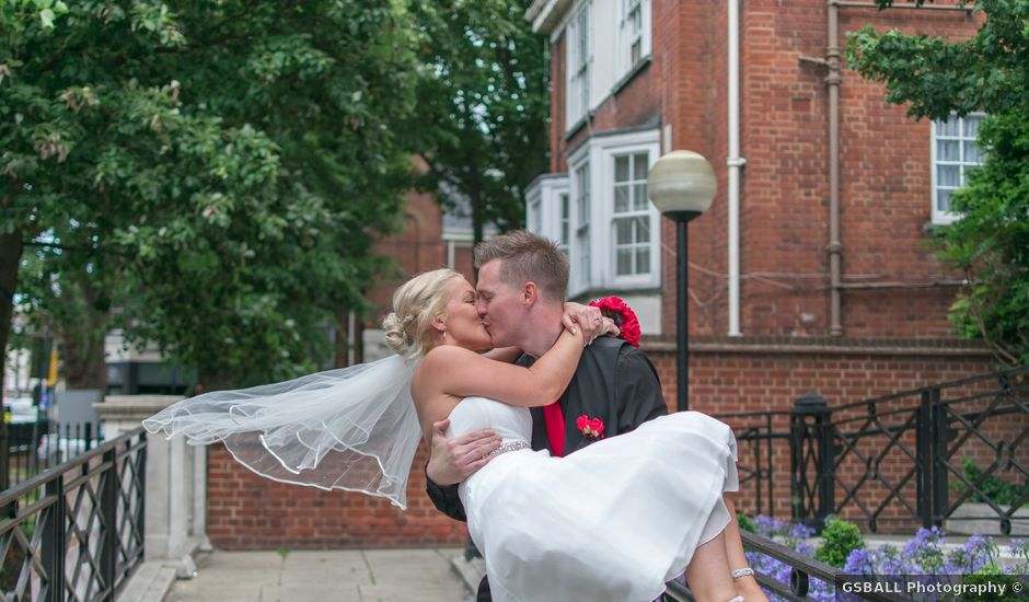 Dan and Samantha's wedding in Islington, Central London