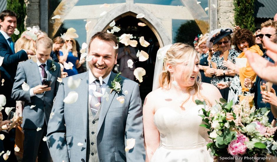 Josh and Jess's wedding in Cirencester, Gloucestershire