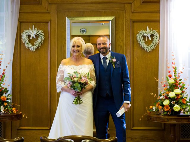 Richard and Alison's wedding in Mansfield, Nottinghamshire 8
