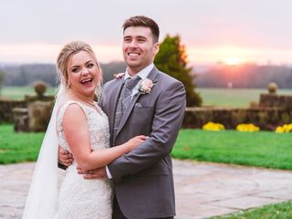 Tasha Moodie & Tom Moodie's wedding