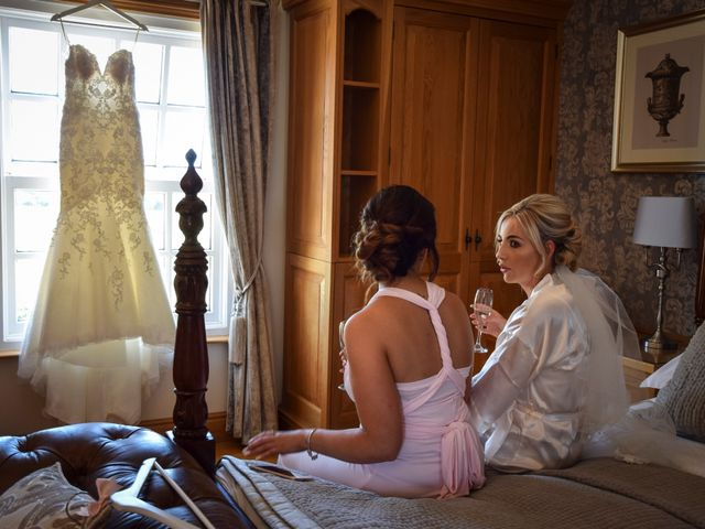 Katie and Nathan's wedding in Trowell, Nottinghamshire 4